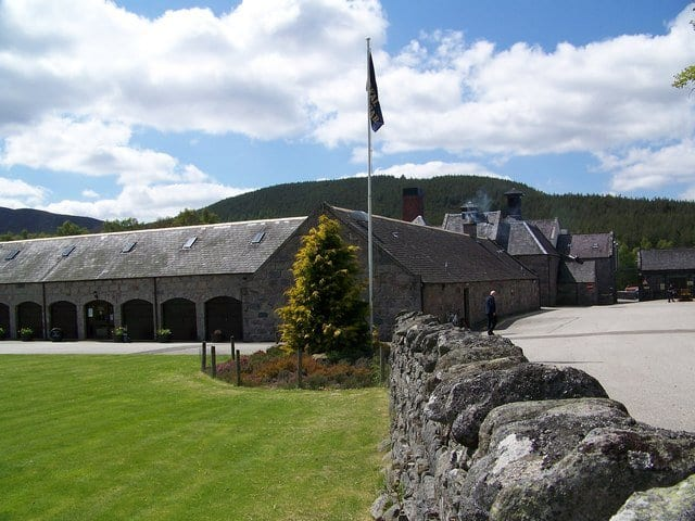 Royal Lochnagar Distillery: things to do in Ballater
