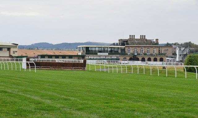 Racecourse things to do kelso