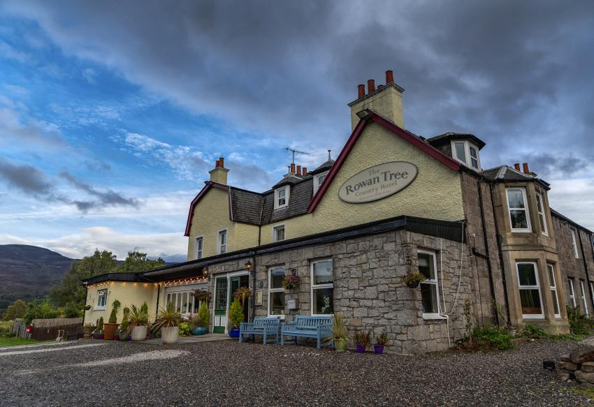 https://www.rowantreehotel.com/aviemore-hotel-pictures