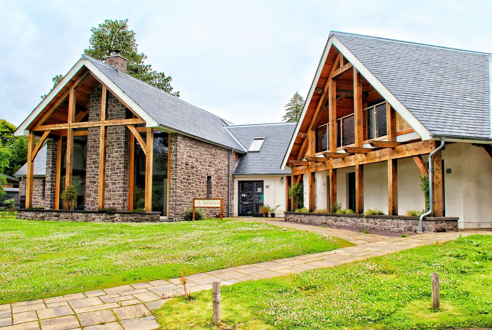 The Loch Lomond GuestHouse & Lodges