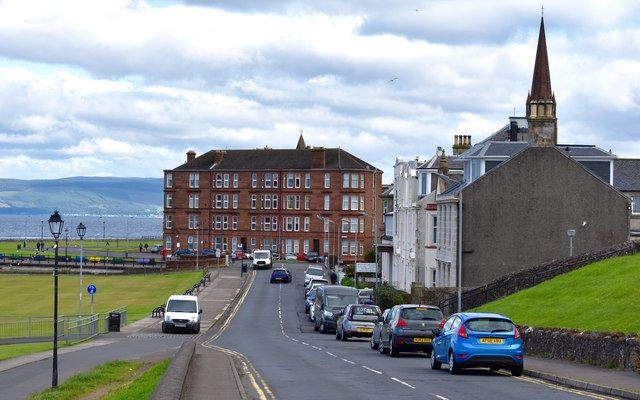 Holiday Cottages Largs