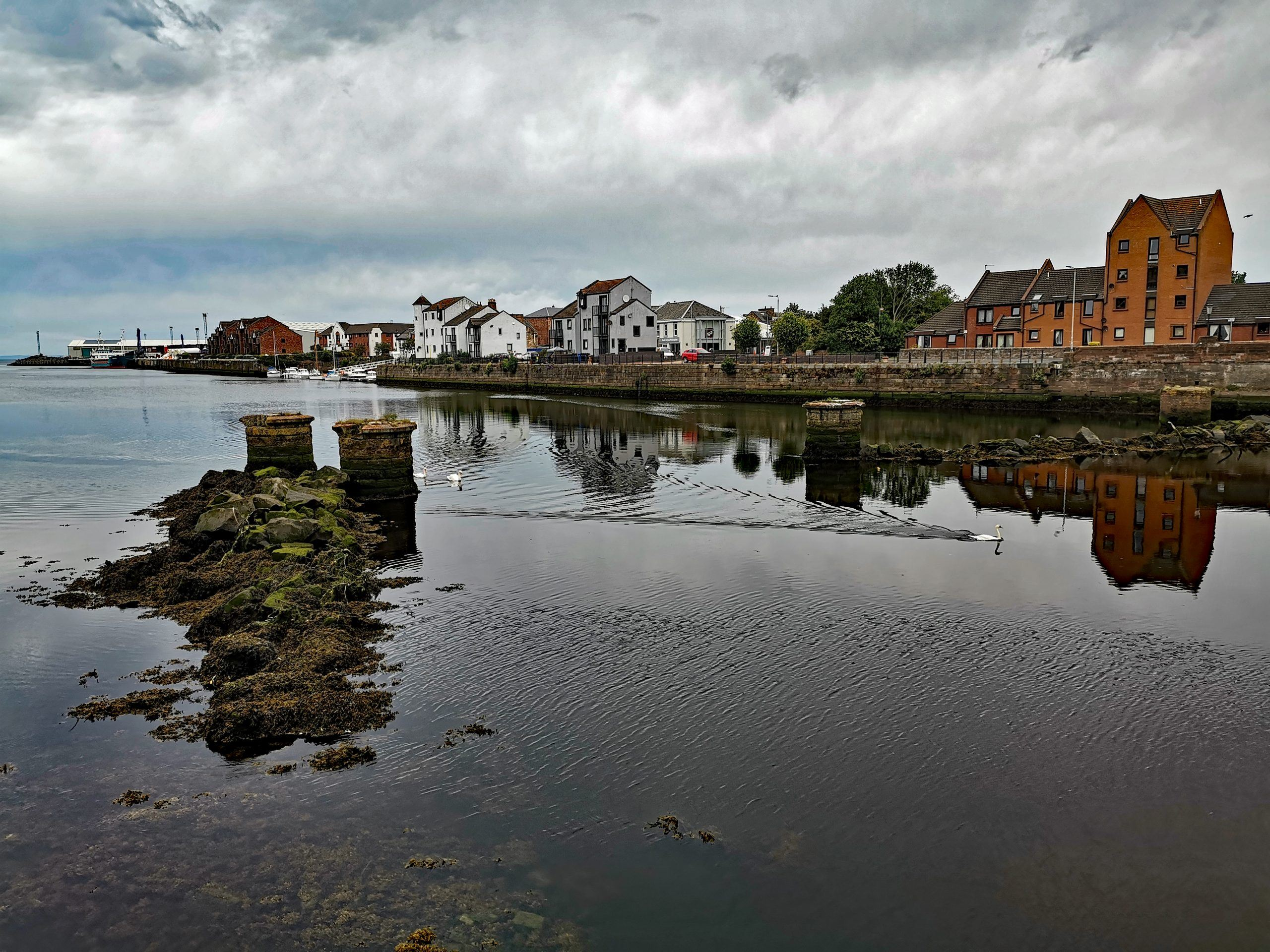 Cottages in Ayr