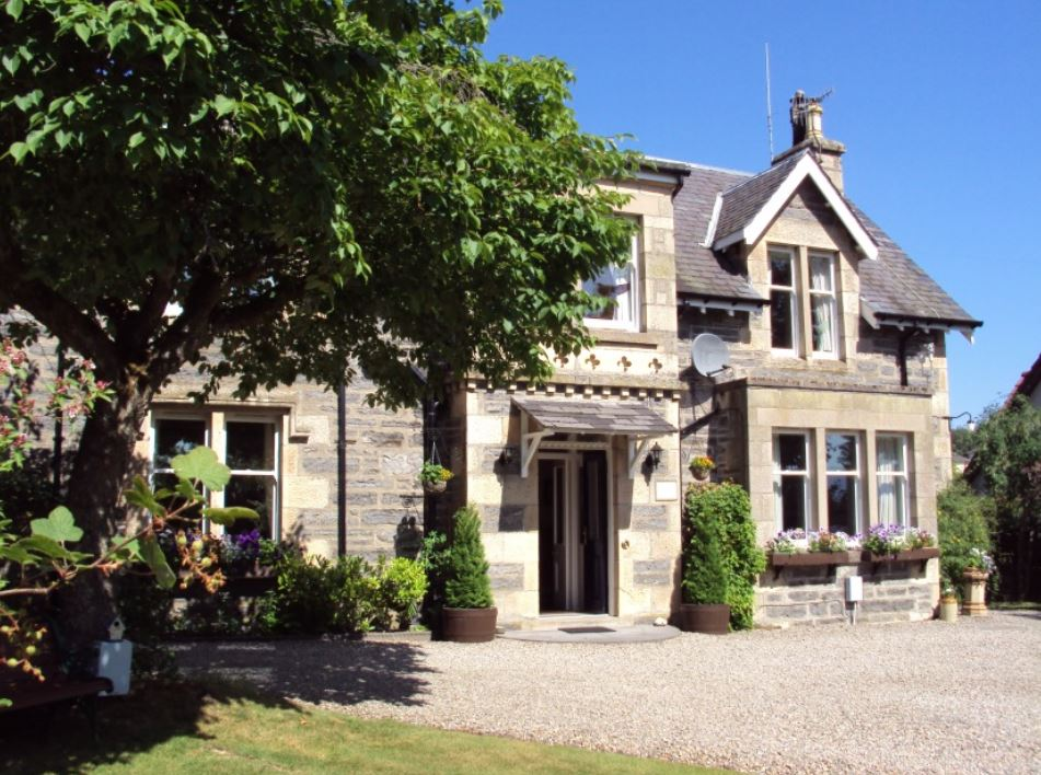 Glengarry Bed and Breakfast